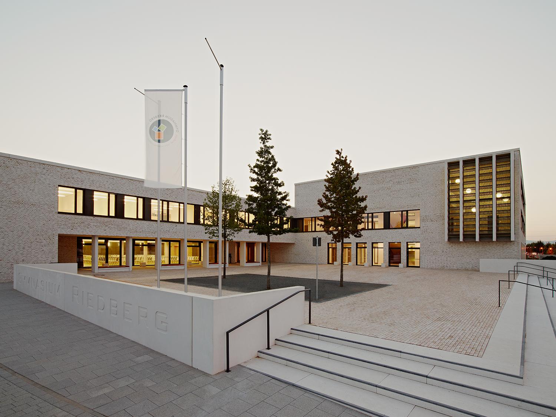 High school Riedberg