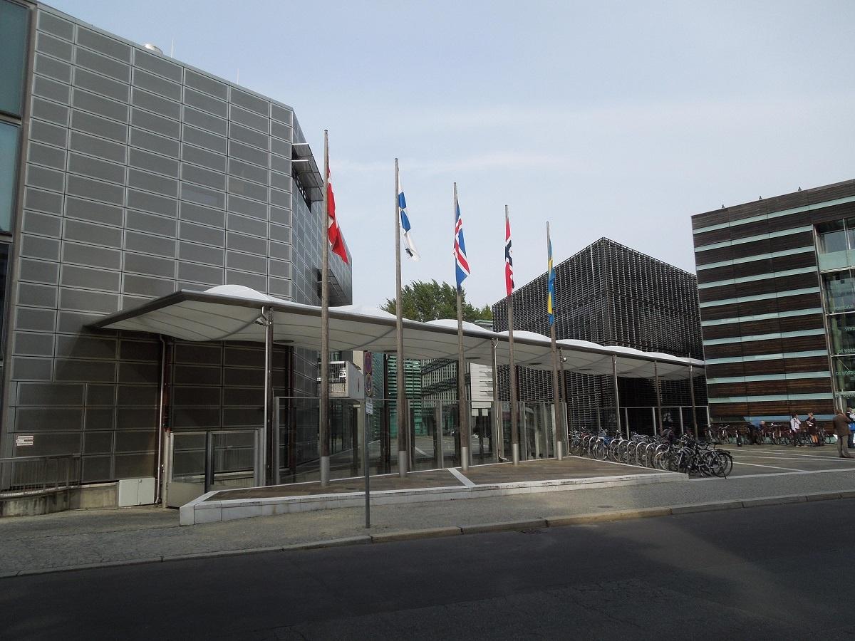 Eingangsbereich Nordische Botschaften in Berlin