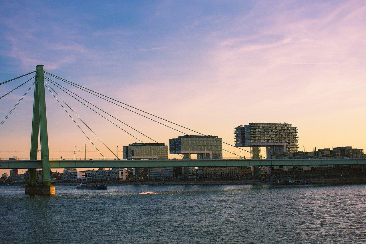 Kranhäuser Rheinauhafen Köln