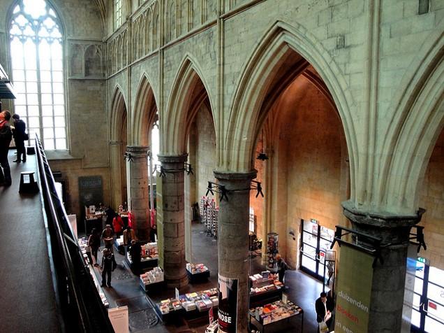 Buchhandlung Dominikanerkirche Maastricht