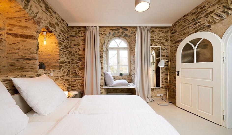 Luxuriöse Ferienwohnung in sakralem Ambiente, Wehlen