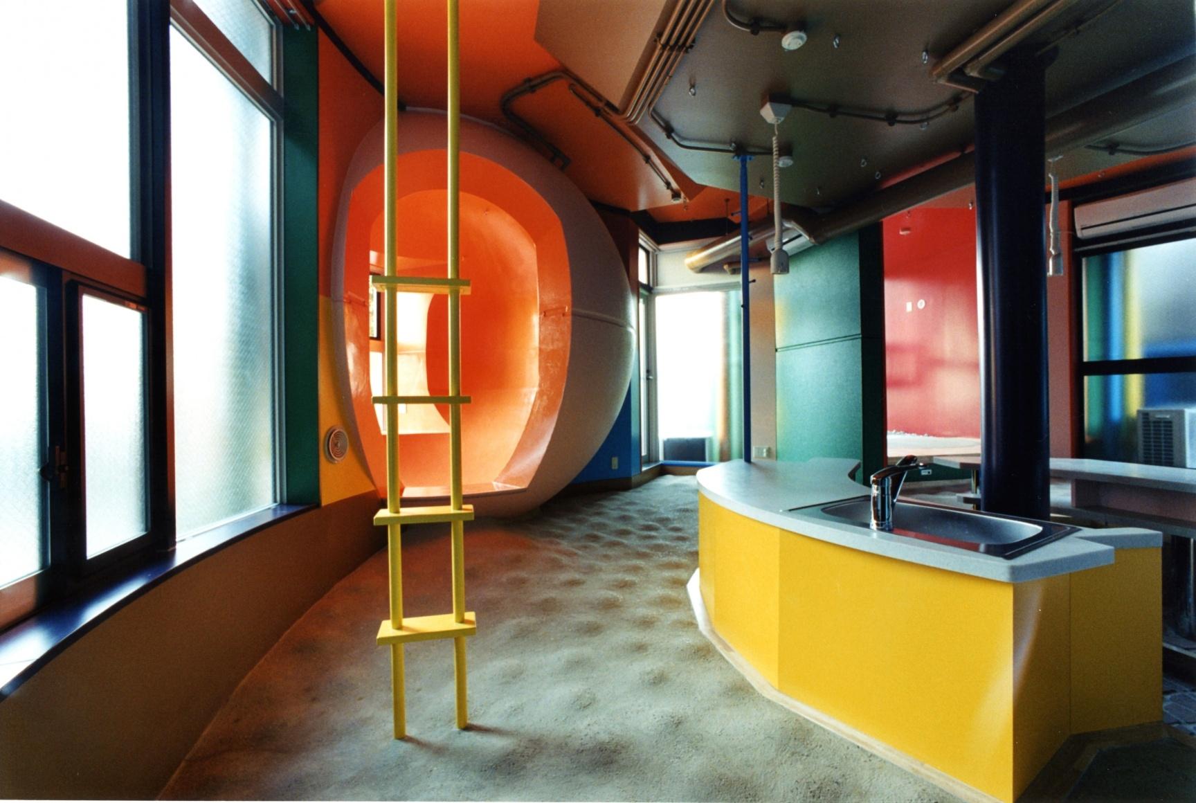 Reversible Destiny Lofts, Tokio