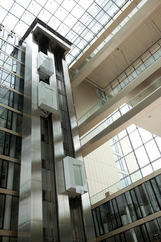 141127_thyssenkrupp_praesentiert_multi_twin_elevator_at_thyssenkrupp_headquarters_essen_c_thyssenkrupp