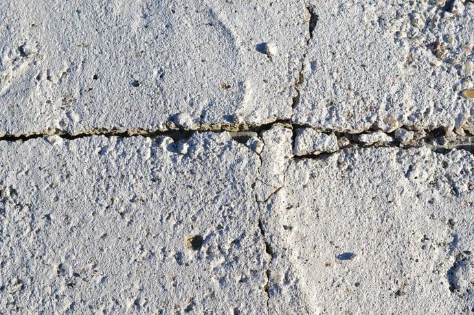 Mit Gammastrahlen behandeltes Plastikpulver stärkt Beton