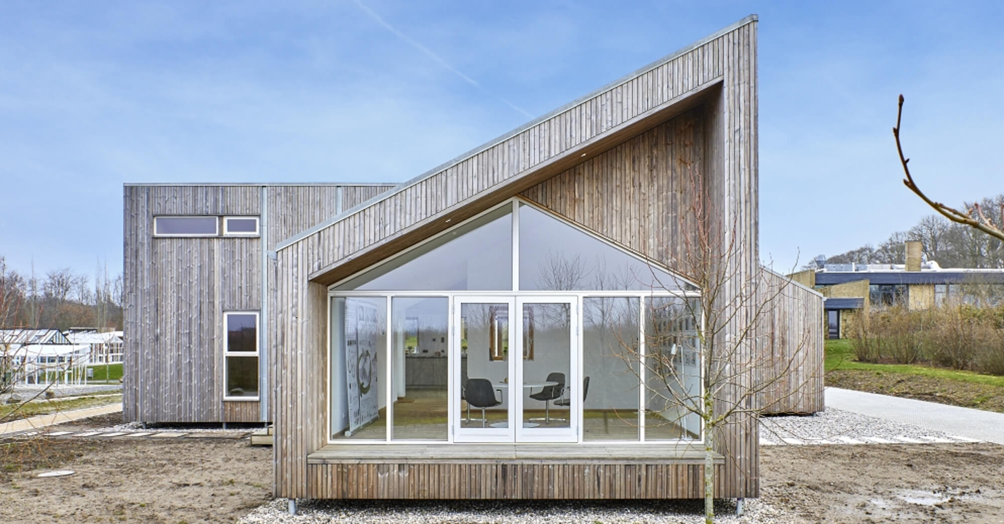 Danish upcycling house - det Biologiske Hus