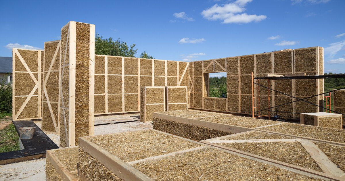 The Straw Bale House Sustainable Building With Natural Raw Materials