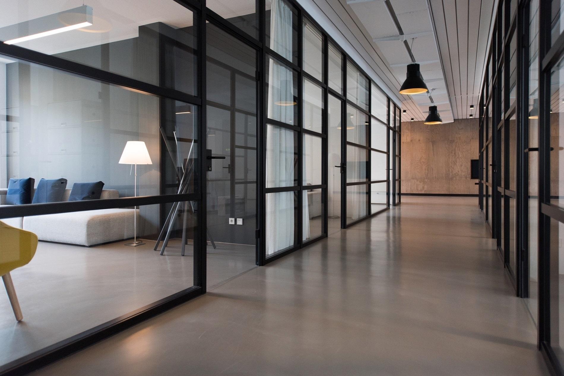 Wie Sie mit intelligenter Bürogestaltung mehr Schallschutz schaffen